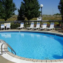 Hampton Inn Owensboro South outdoor pool